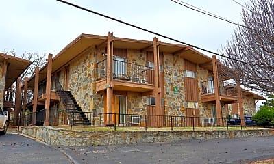Building, Oak Creek, 0