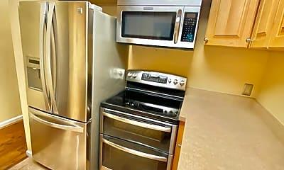 Kitchen, 993 Paradrome Street, 2