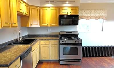 Kitchen, 512 Brinwood Ave, 1