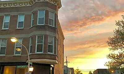Building, 1456 N Maplewood Ave, 2