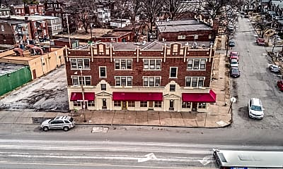 Building, 4062 S Grand Blvd, 1