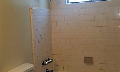 Bathroom, 1675 Berkeley Ave, 2