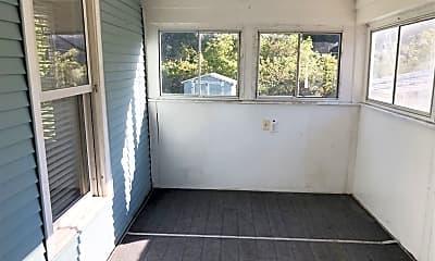 Patio / Deck, 305 E Crystal Lake Ave, 2