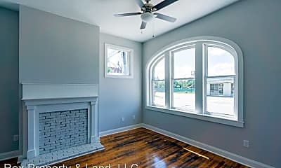 Living Room, 204 13th St, 1