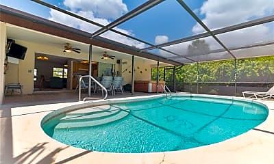 Pool, 4468 Costello St, 2