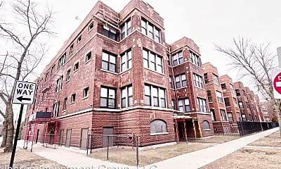 Building, 6854 S Cornell Ave, 1