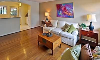 Glen Lennox Apartments, 1