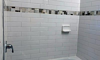 Bathroom, 35 W 33rd St, 2
