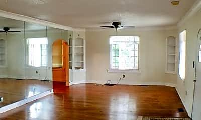 Living Room, 2061 Vollintine Ave, 2