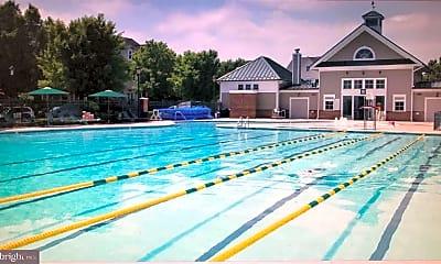 Pool, 106 Wickwood Dr, 2