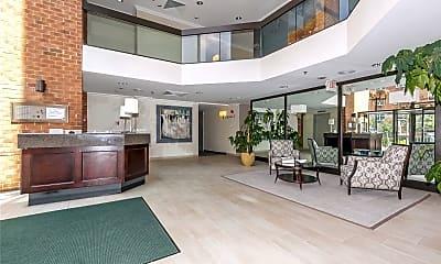 Living Room, 1 Ipswich Ave 102, 1