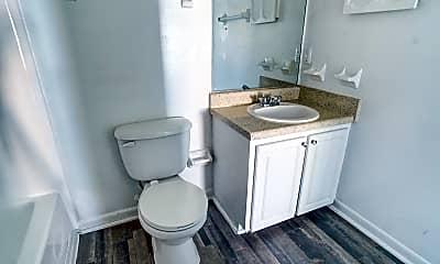 Bathroom, Coachman Club, 2