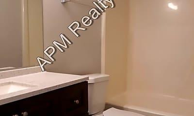 Bathroom, 846 Piney Grove Rd, 1