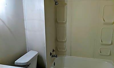 Bathroom, 500 S 5th St, 2