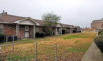 Building, 913 Cotton Ave SW, 1