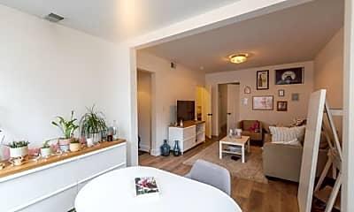 Dining Room, 4205 N Bernard St, 1