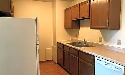 Kitchen, 408 5th Ave E, 1