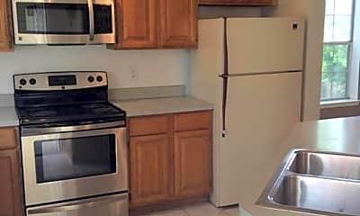 Kitchen, 678 Gateway Dr SE, 1