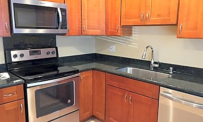 Kitchen, 545 Northlake Drive Unit 3, 1
