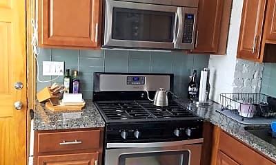 Kitchen, 2409 Glenmawr Ave, 1