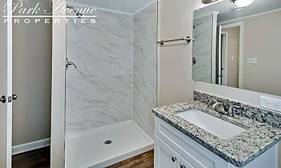 Bathroom, 1447 E Perry St, 2