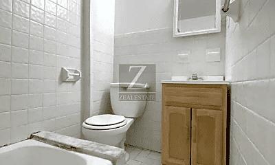 Bathroom, 168 21st St, 2