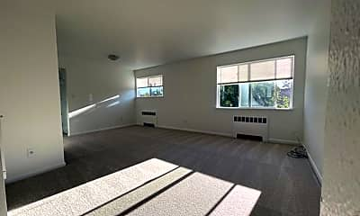 Living Room, 1537 California Ave SW, 1