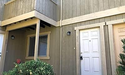Building, 346 S Willard Ave, 1