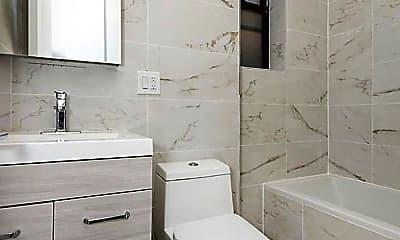 Bathroom, 372 Rutland Rd, 2