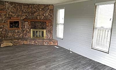 Living Room, 1037 E Front St, 1