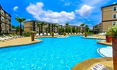 Pool, Grand Estates Woodland, 0