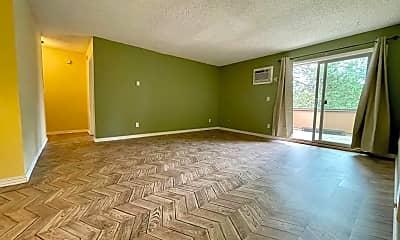 Living Room, 10 Oswego Summit, 1