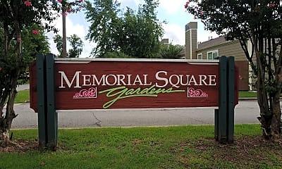 Memorial Square Gardens, 1