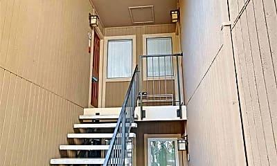 37346 Spruce Terrace, 1