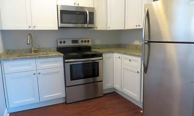Kitchen, 1100 N Wheeling Rd, 1