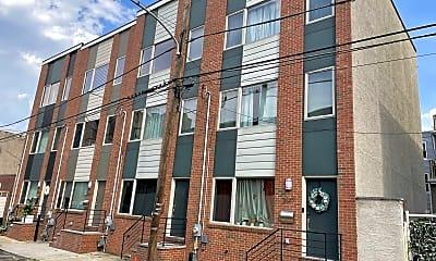Building, 2547 Tilton St, 1