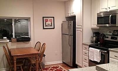 Kitchen, 133 S 17th St, 0