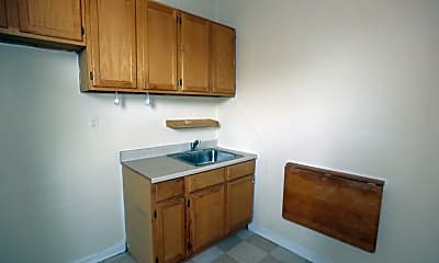 Kitchen, 725 W Barry Ave, 1