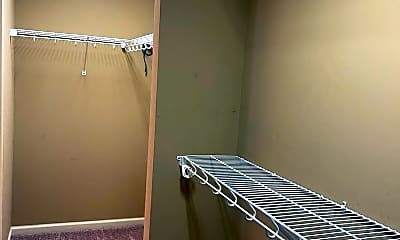 Bathroom, 1406 Hallwood Ln, 2