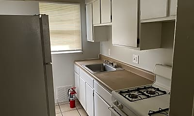 Kitchen, 4421 E Linwood Blvd, 1