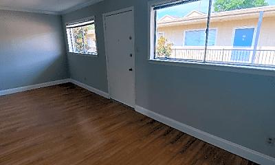 Living Room, 18-3600 Allen Pkwy, 1