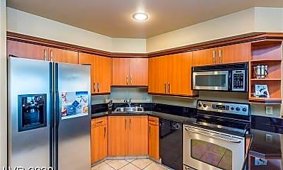 Kitchen, 211 E Flamingo Rd, 1