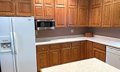 Kitchen, 633 Lakeside Lane, 0