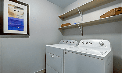 Bathroom, 201 W Lancaster Ave, 2