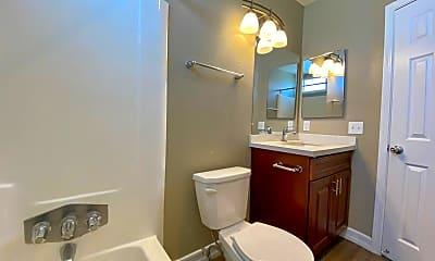 Bathroom, 3877 46th St, 2