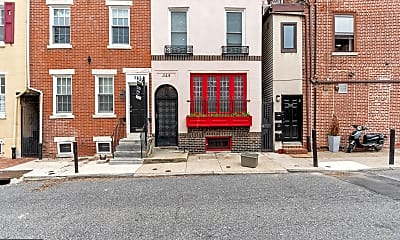 Building, 345 S Hicks St, 1