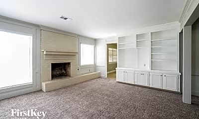 Living Room, 221 Post Oak St, 1