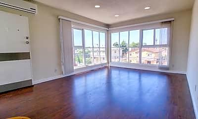 Living Room, 1154 N Virgil Ave 3, 1