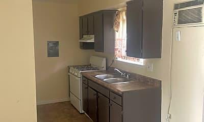 Kitchen, 1140 W 9th St, 1