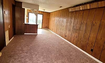Living Room, 2723 Curtview Dr, 0